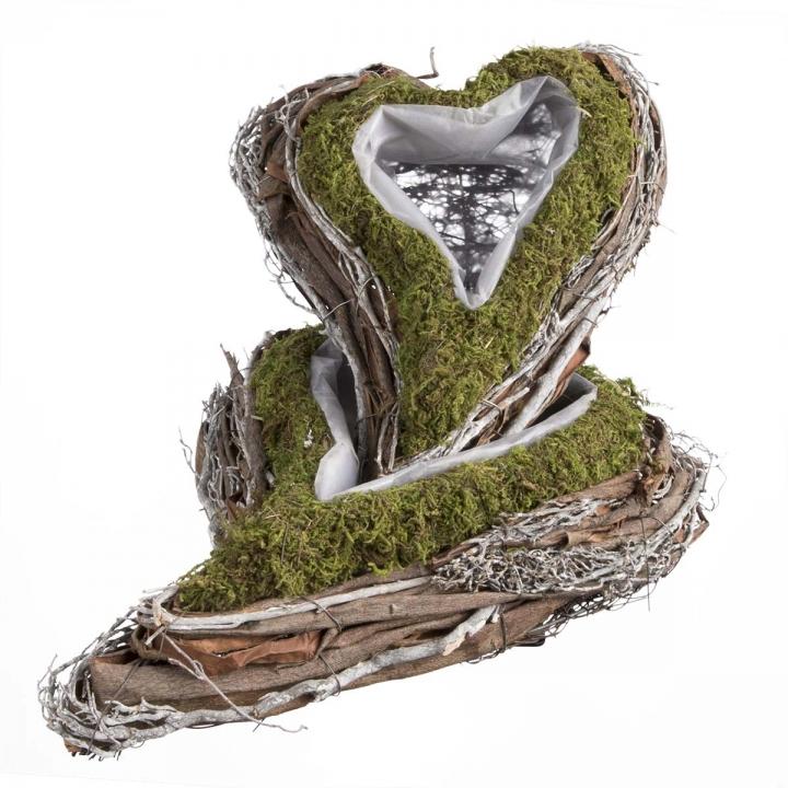 Pflanzgefäß Herz geschwungen aus Moos und Rebe  [22x28x8cm] mit Pflanzfolie