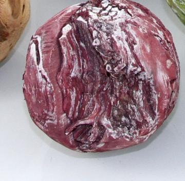 Wurzelholz Kugel klein ca. 14cm frosted bordeaux