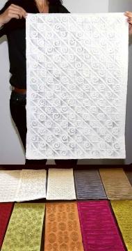 Set Handgeschöpftes Papier ´Farbe´ mit Motiven ( 80x55cm - 10 Stück )
