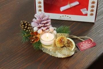 Oppacher Kerzen-Tischgesteck klein in brombeer II